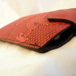 oberon-design-phone-sleeve-iphone-fit-closed
