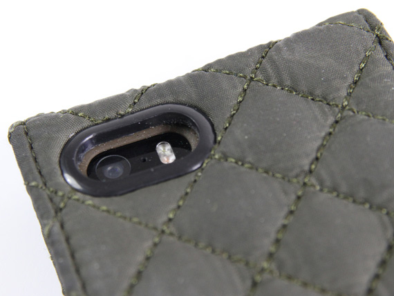 barbour-quilted-flip-camera-cutout